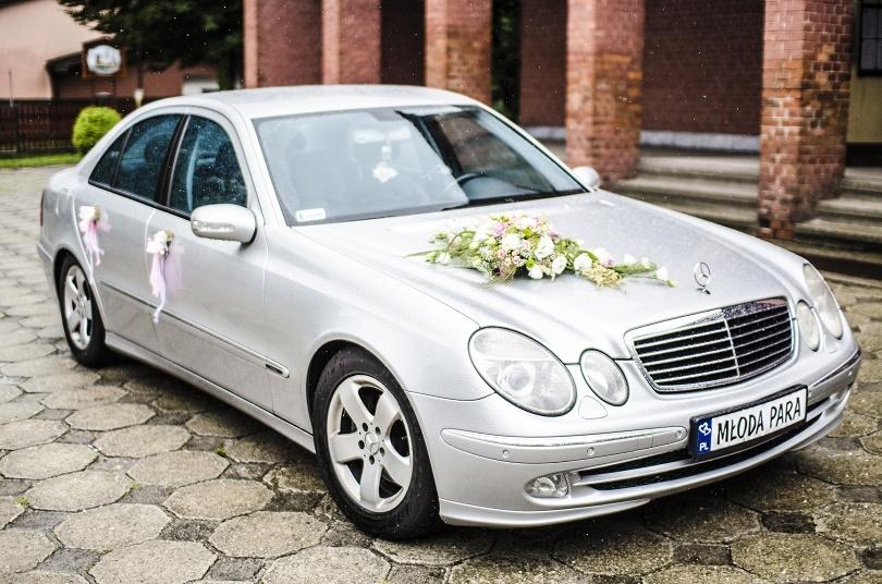 Dekoracje ślubne Na Samochód Kwiaciarnia Ismena